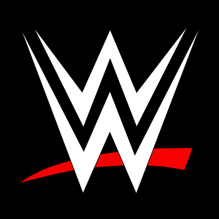 Two Wwe Superstars Set To Get Married In December