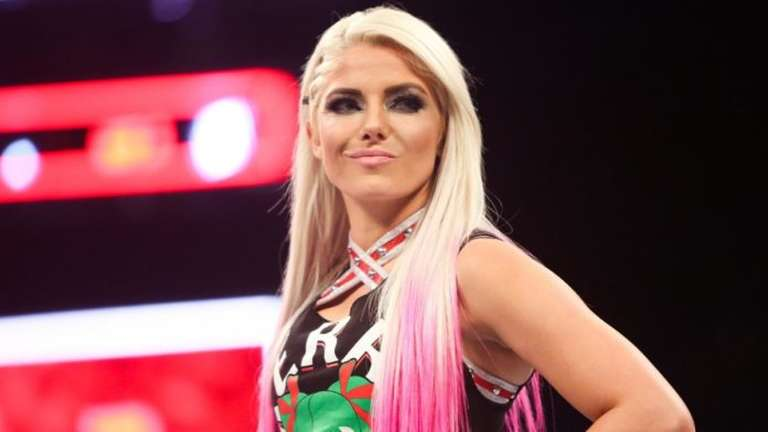alexa bliss reveals getting breast implants helped her