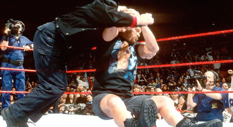This Day in Wrestling History (Sept 22): Steve Austin Stuns Vince Mcmahon For The First Time